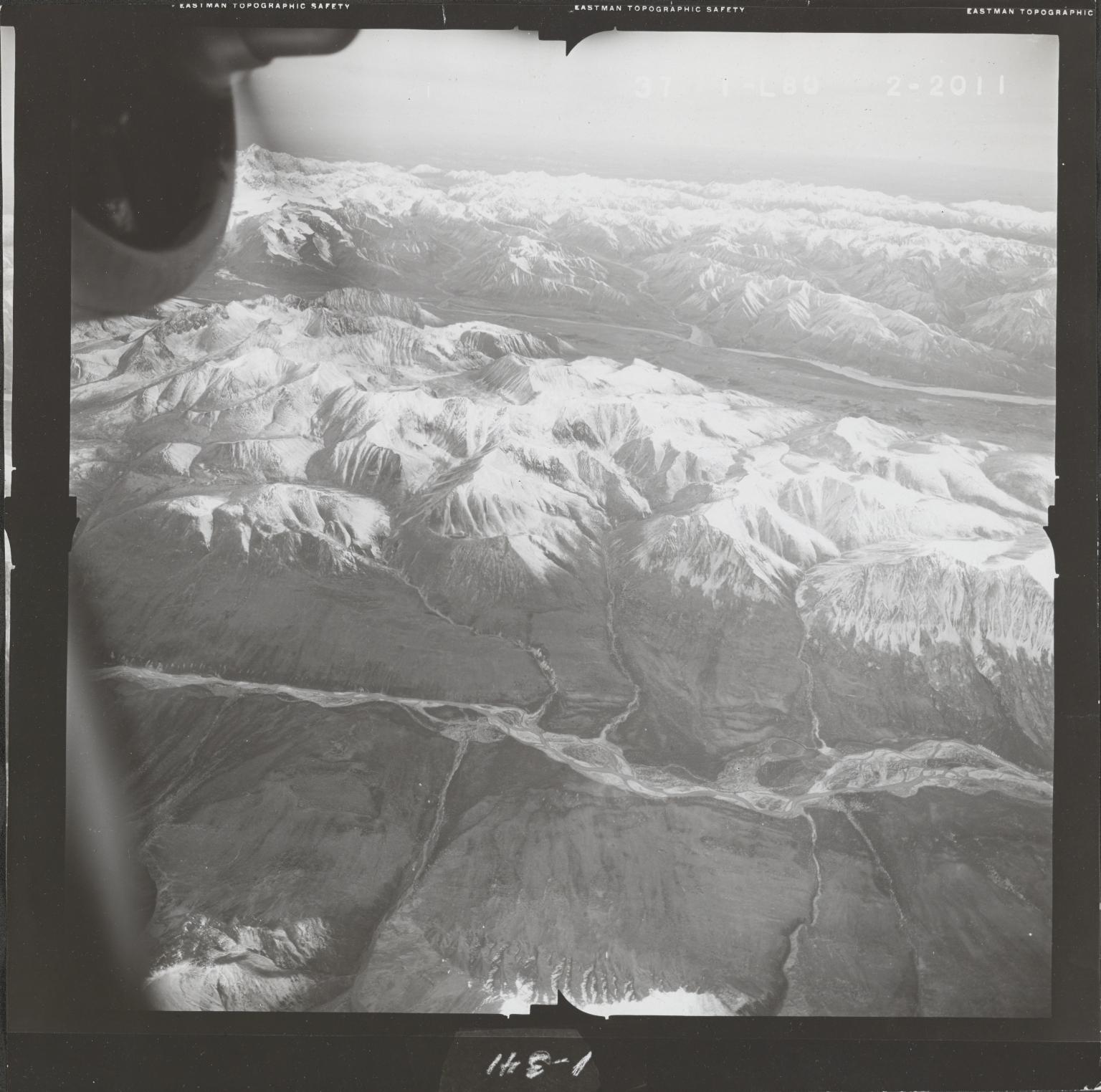 Alaska Range, aerial photograph FL 68 L-80, Alaska