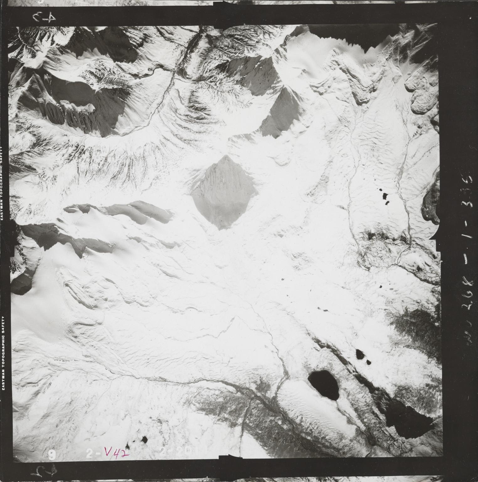 Mount Hayes, aerial photograph FL 80 V-42, Alaska