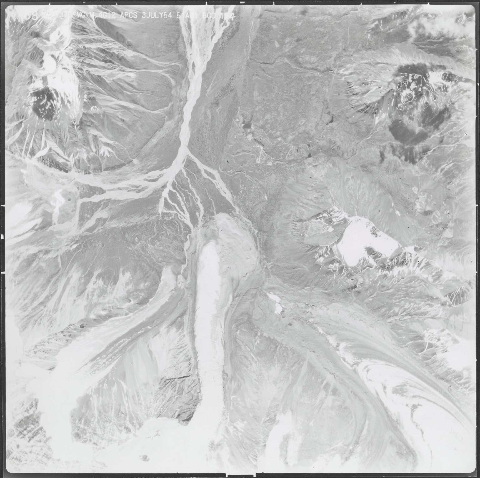 Unknown glaciers near source of Middle Fork Chistochina River, aerial photograph M4G12 89, Alaska