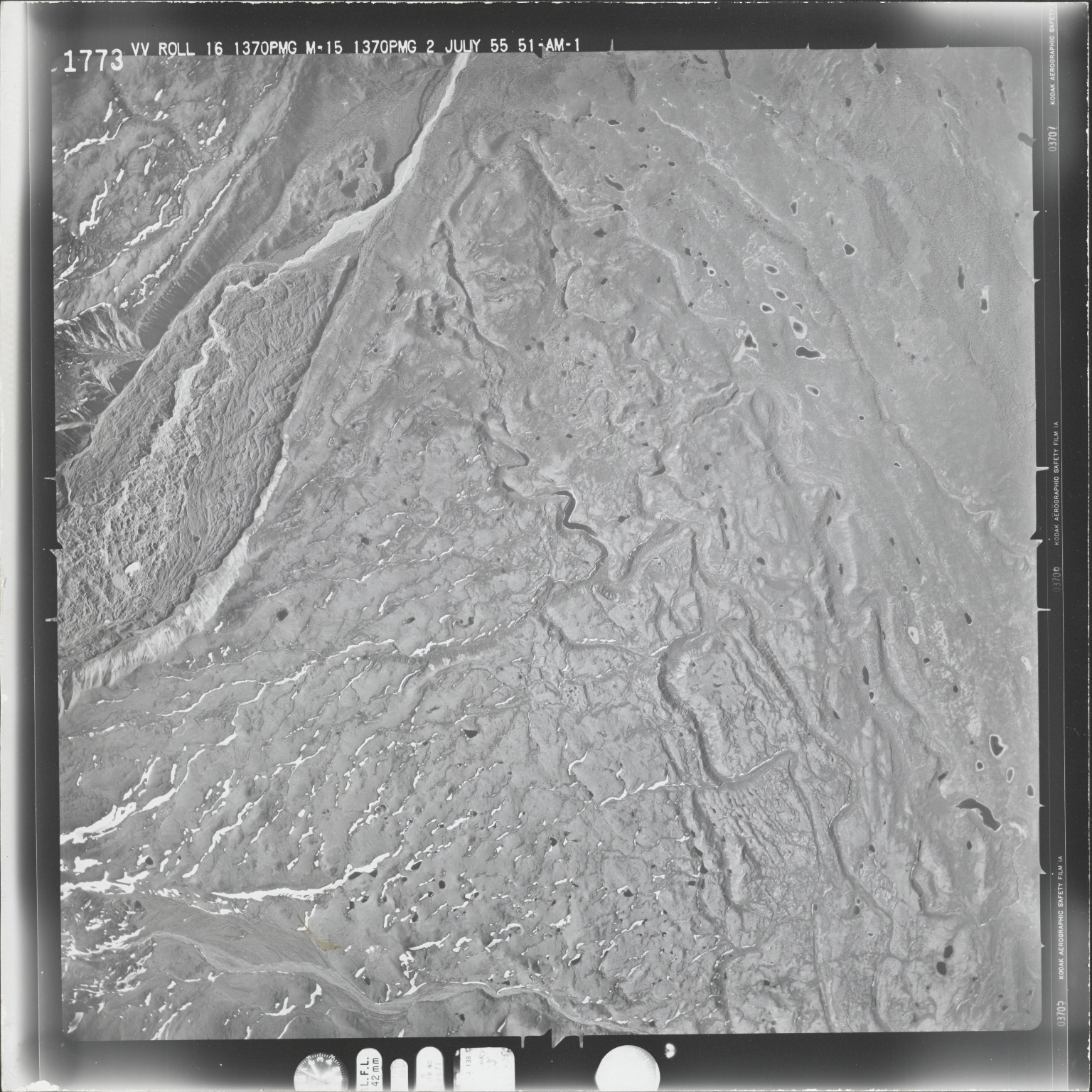 Mount Drum, aerial photograph M 15 1773, Alaska