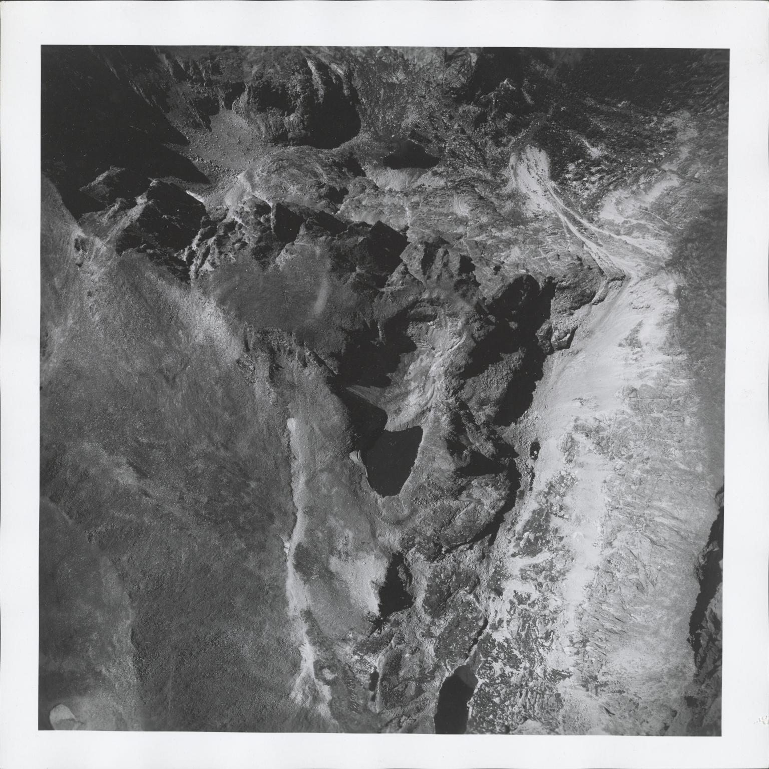 Moomaw Glacier, aerial photograph FAM 3120 11, Colorado