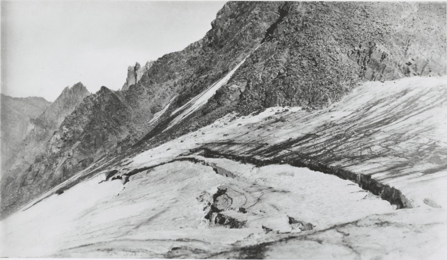 Grasshopper Glacier West, Montana, United States