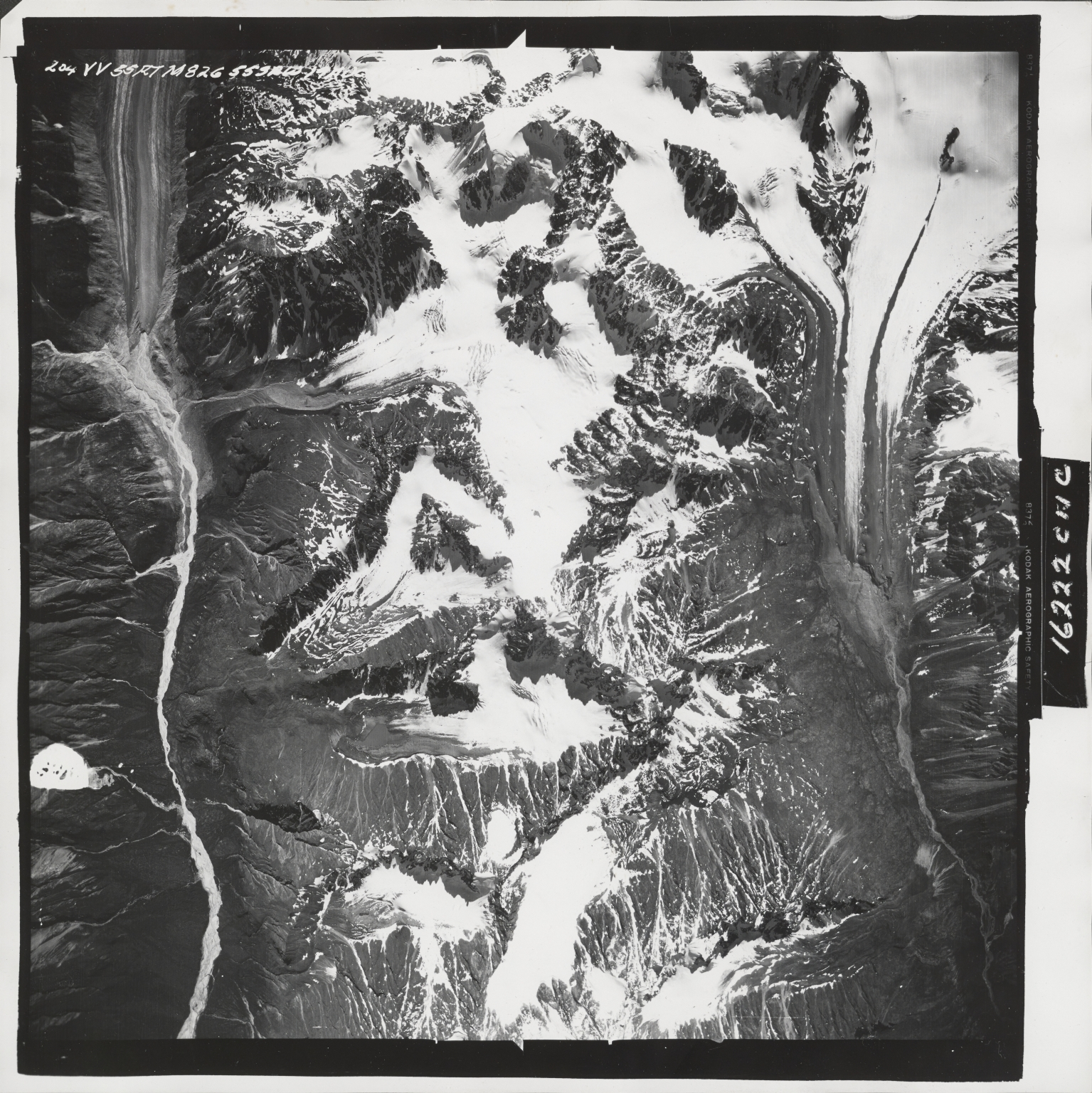 Talkeetna Mountains, aerial photograph M 826 204, Alaska