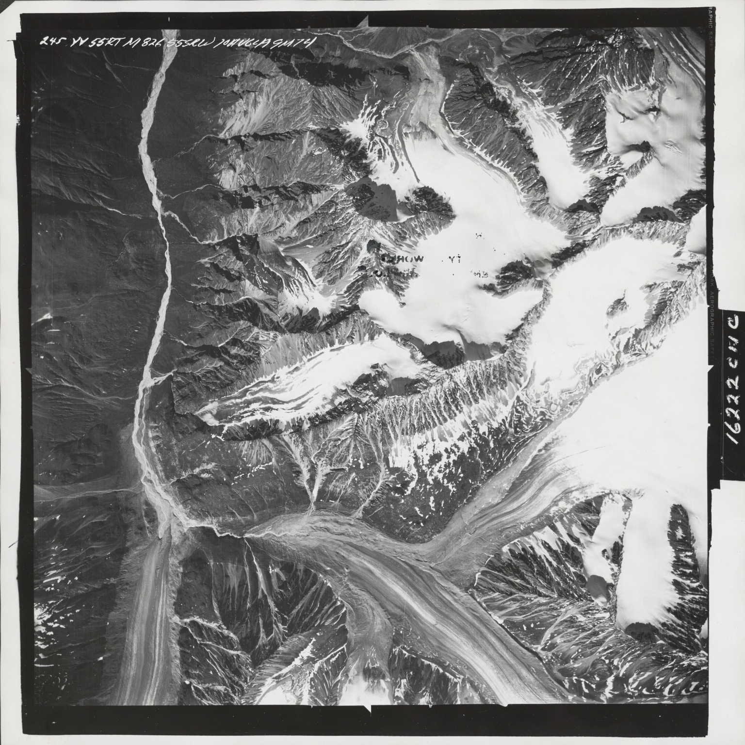 Talkeetna Mountains, aerial photograph M 826 245, Alaska