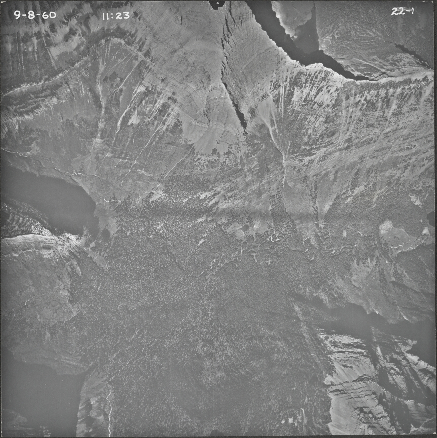 Head of Red Eagle Creek, aerial photograph 22-1, Montana