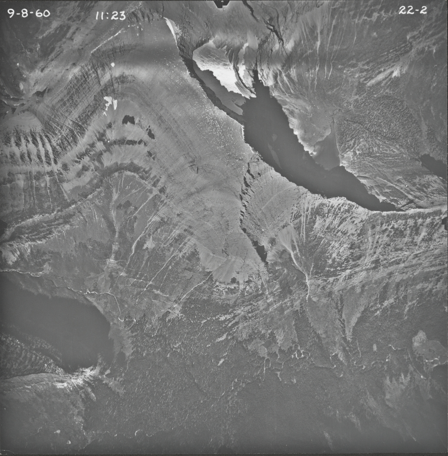 Little Chief Mountain, aerial photograph 22-2, Montana