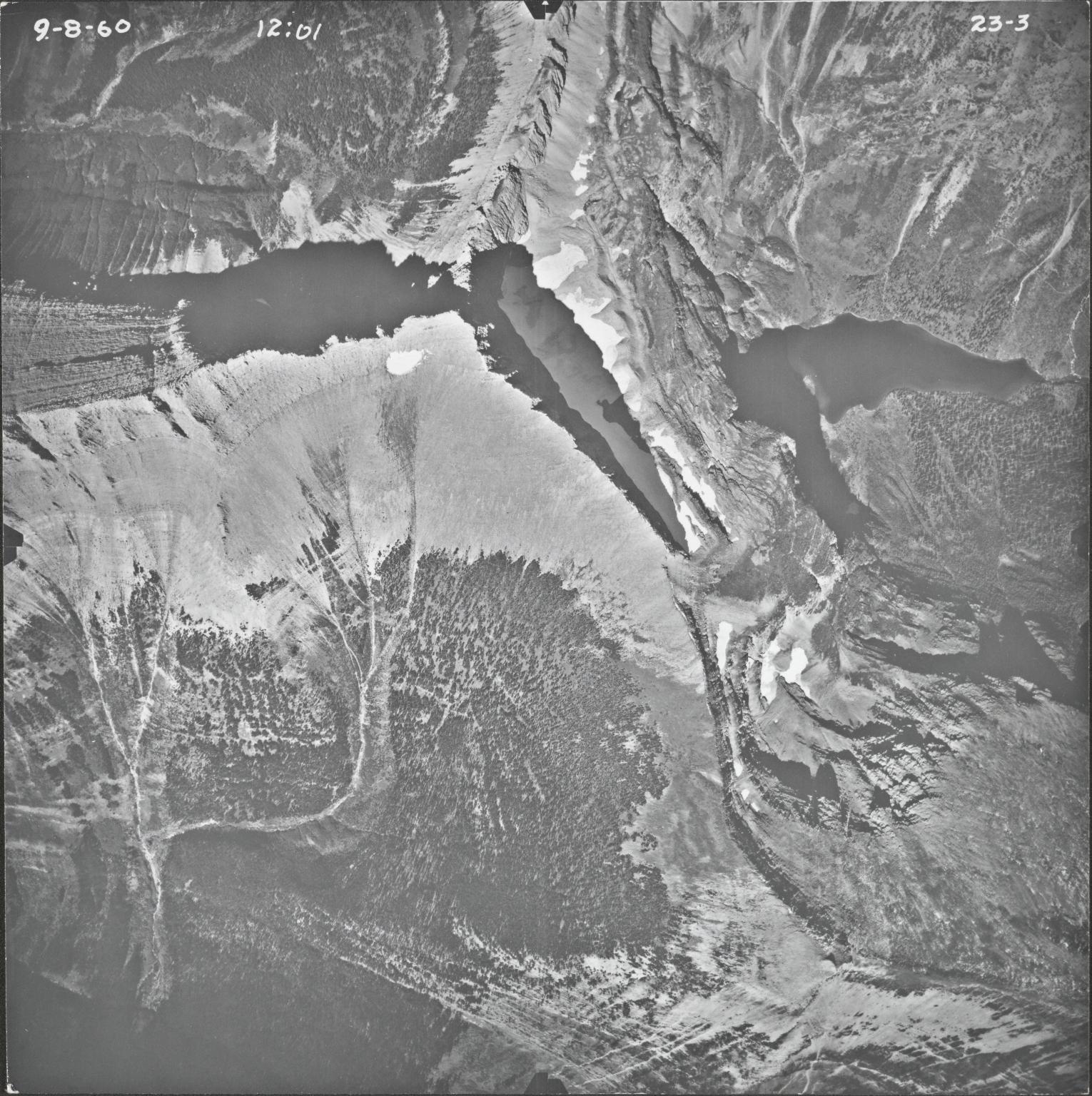 Triple Divide Peak, aerial photograph 23-3, Montana
