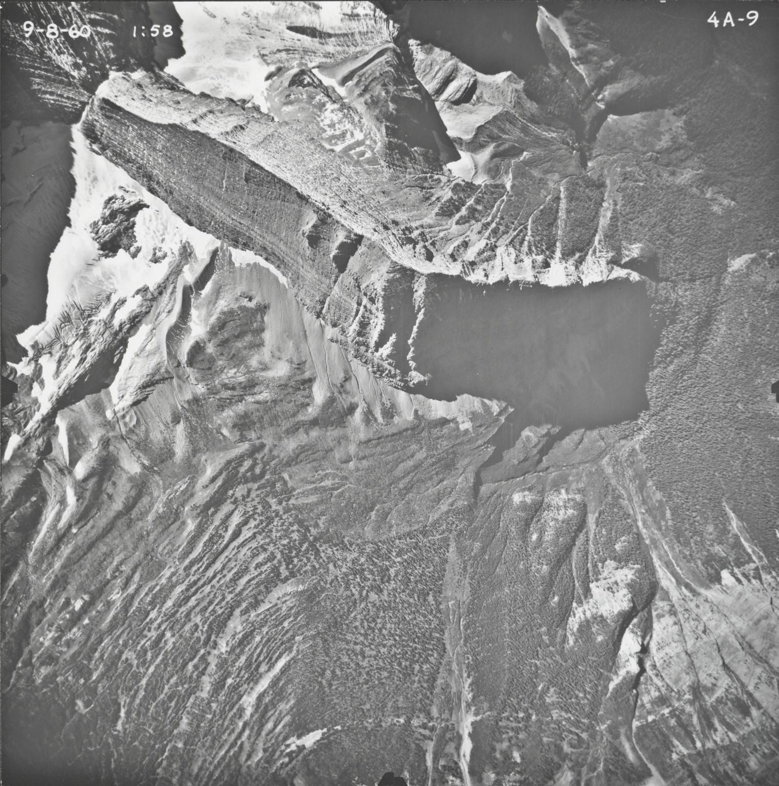 Carter Glaciers, aerial photograph FL4A-9, Montana