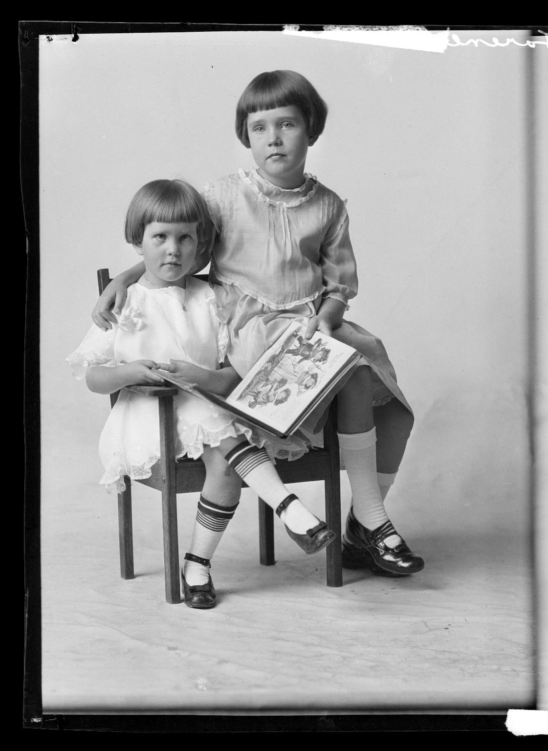 Portraits of children of Mrs. D. Erickson