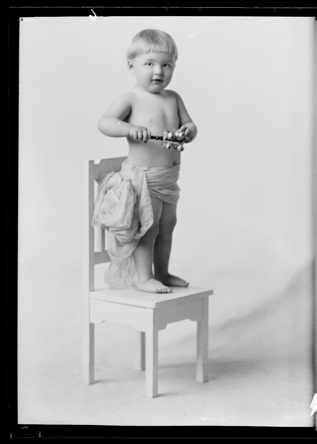 Portraits of child of William Neiheisal