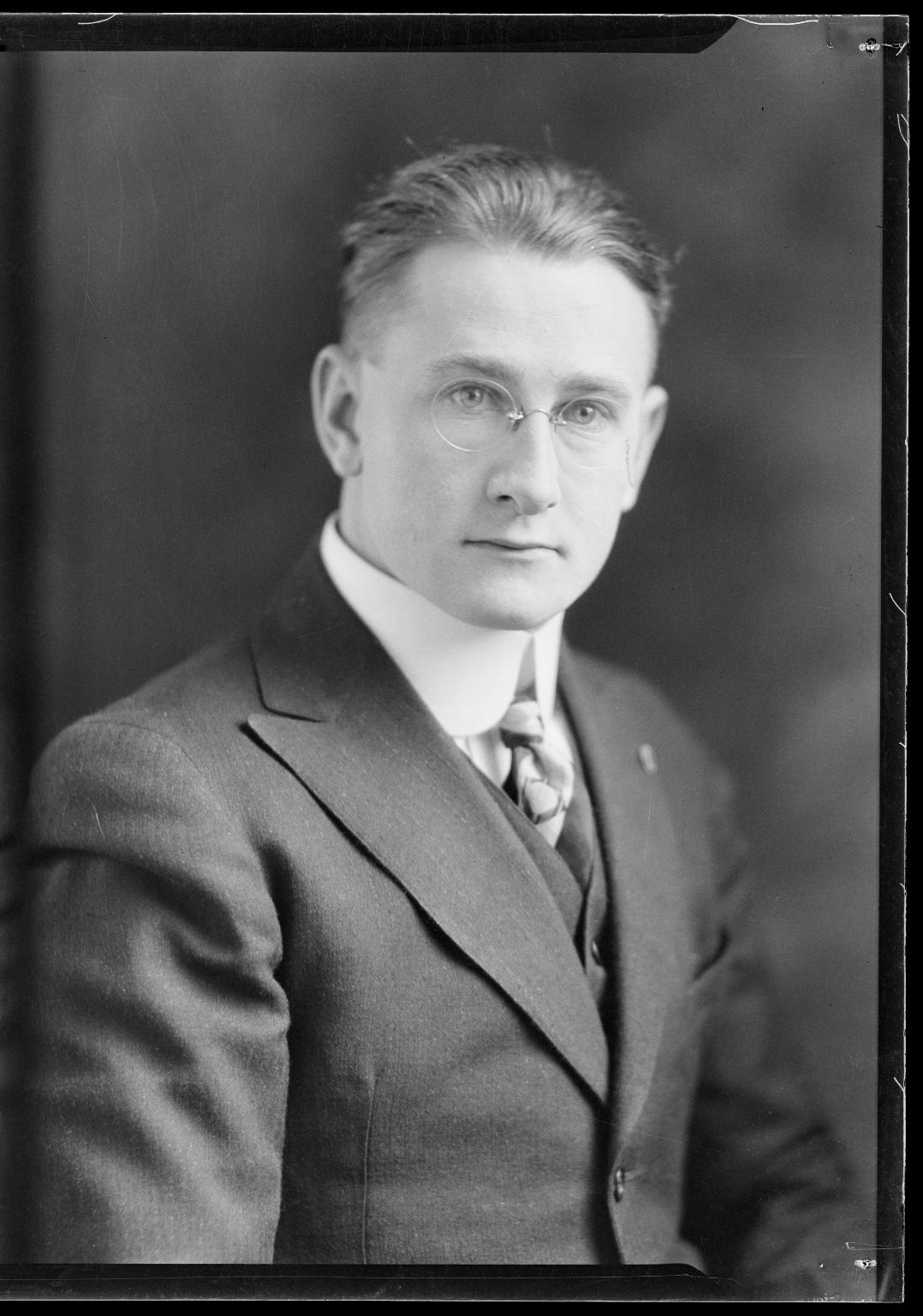 Portraits of V. E. Stamme