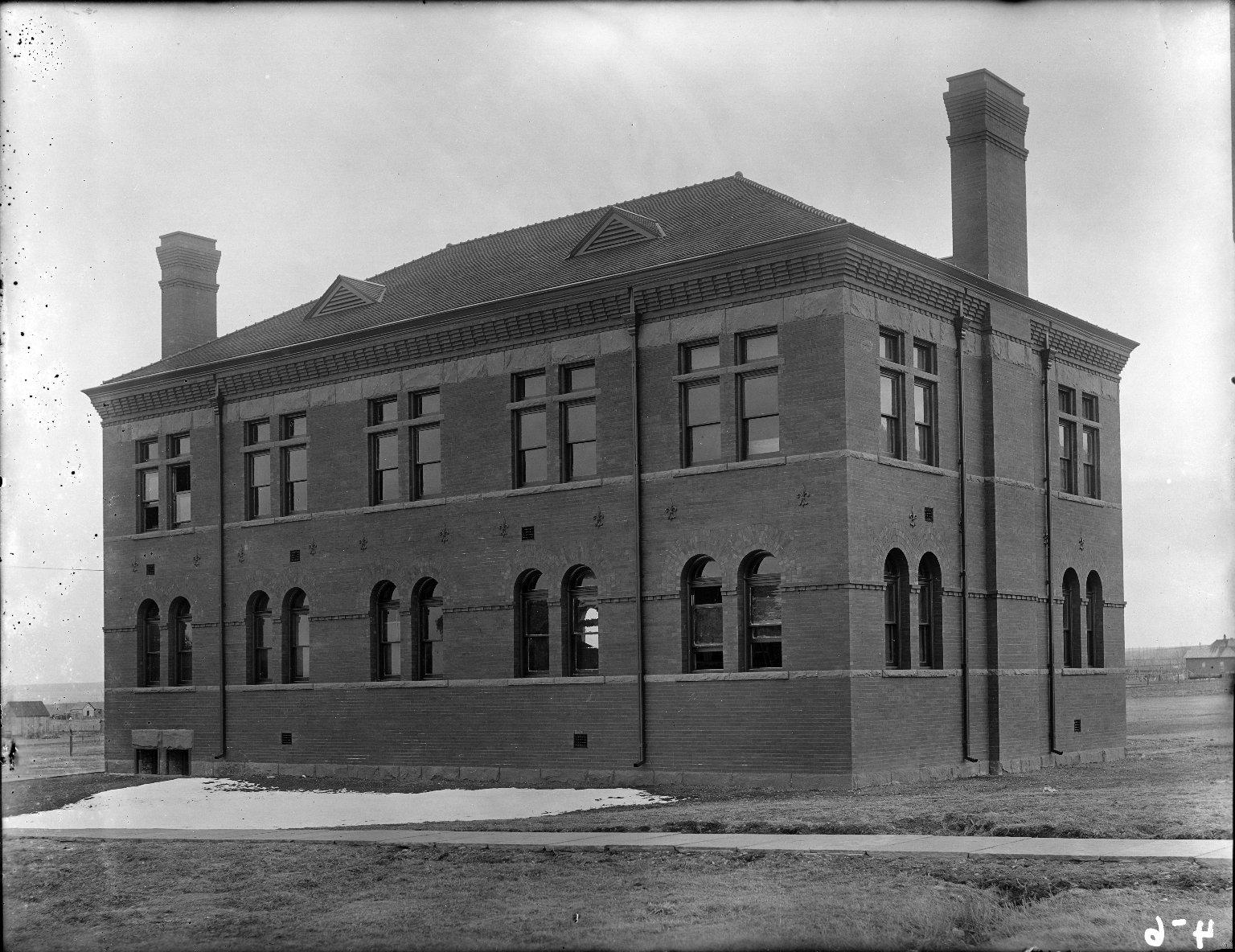 New Chem. Bldg. 1898