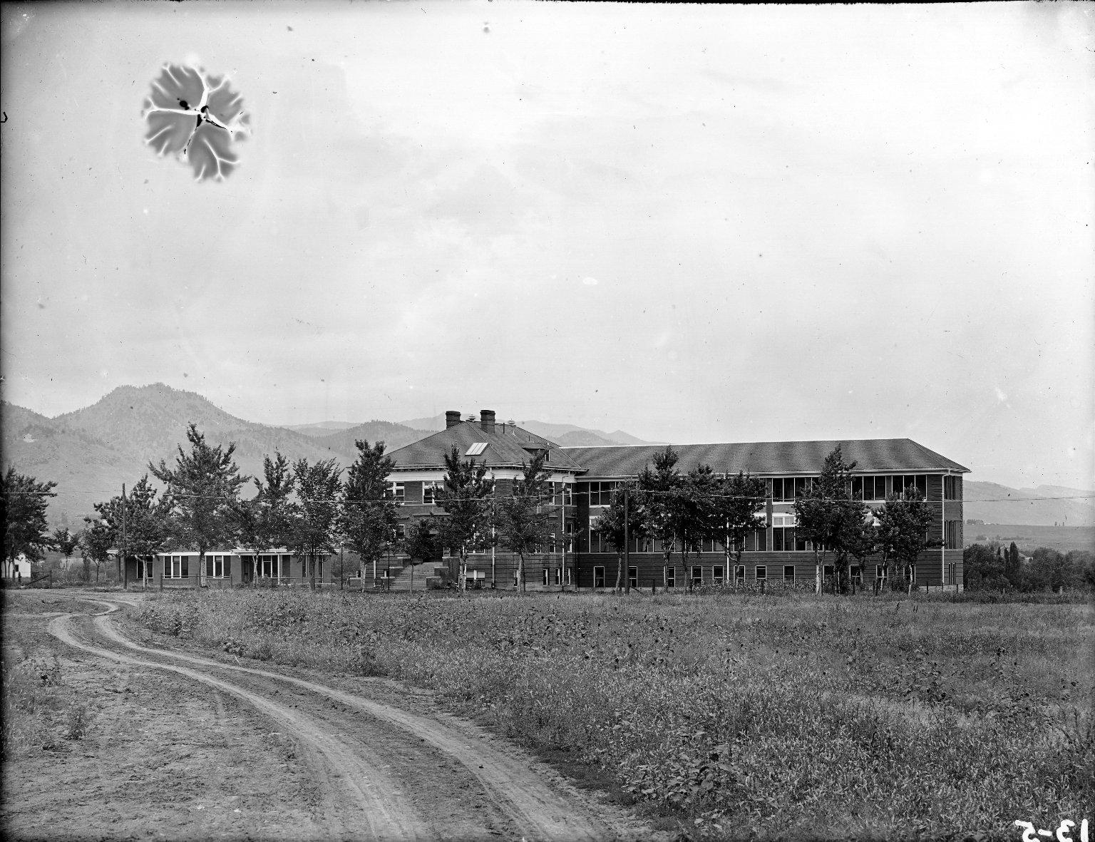 17th St. Hospital, W. Wing