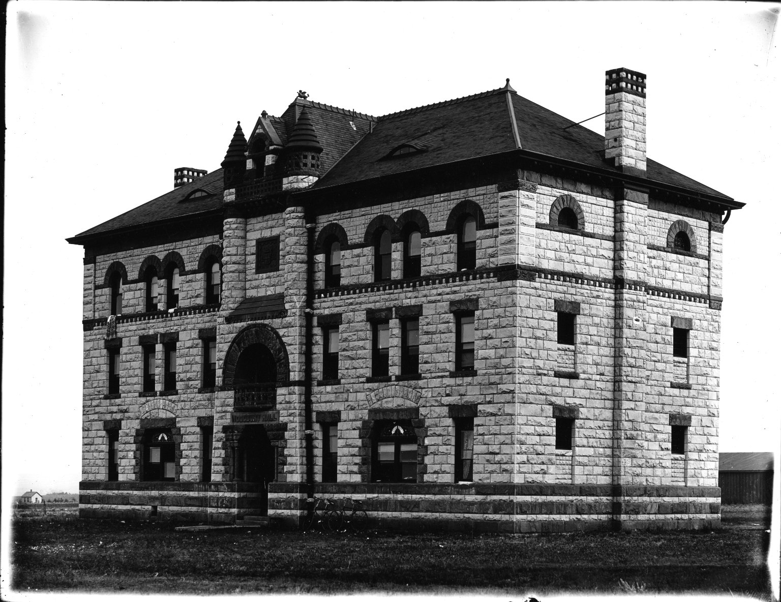 Woodbury I, Property of J.R.B. Univ. of Colo.