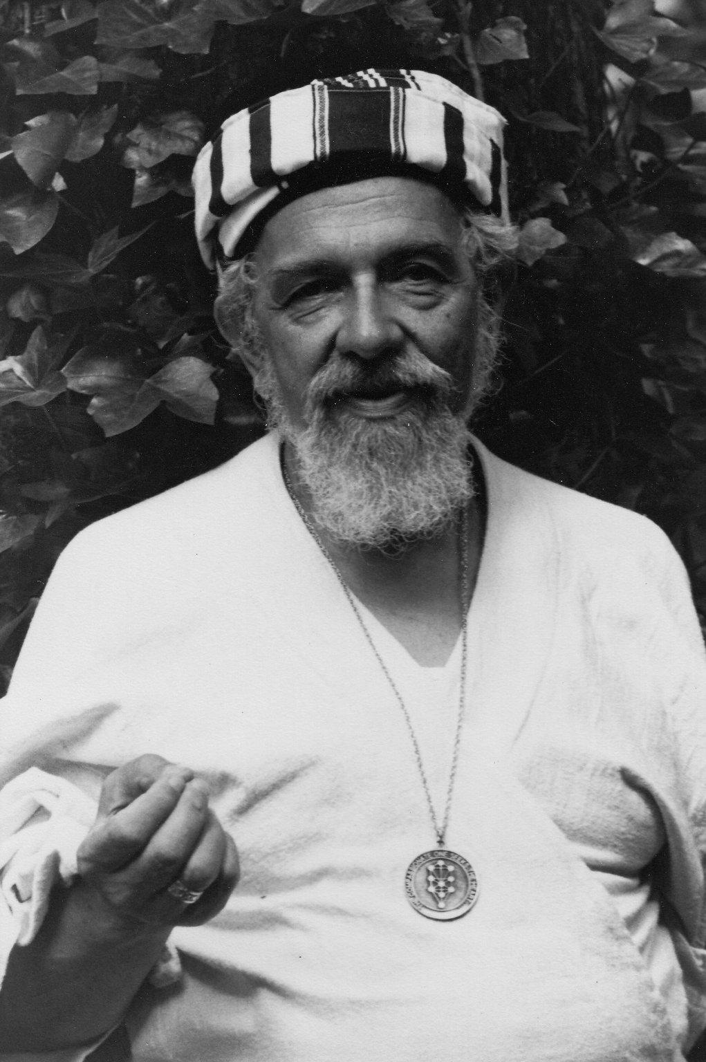 Rabbi Zalman Schachter-Shalomi in stiped turban with B'nai Or medallion, ca. 1980s.