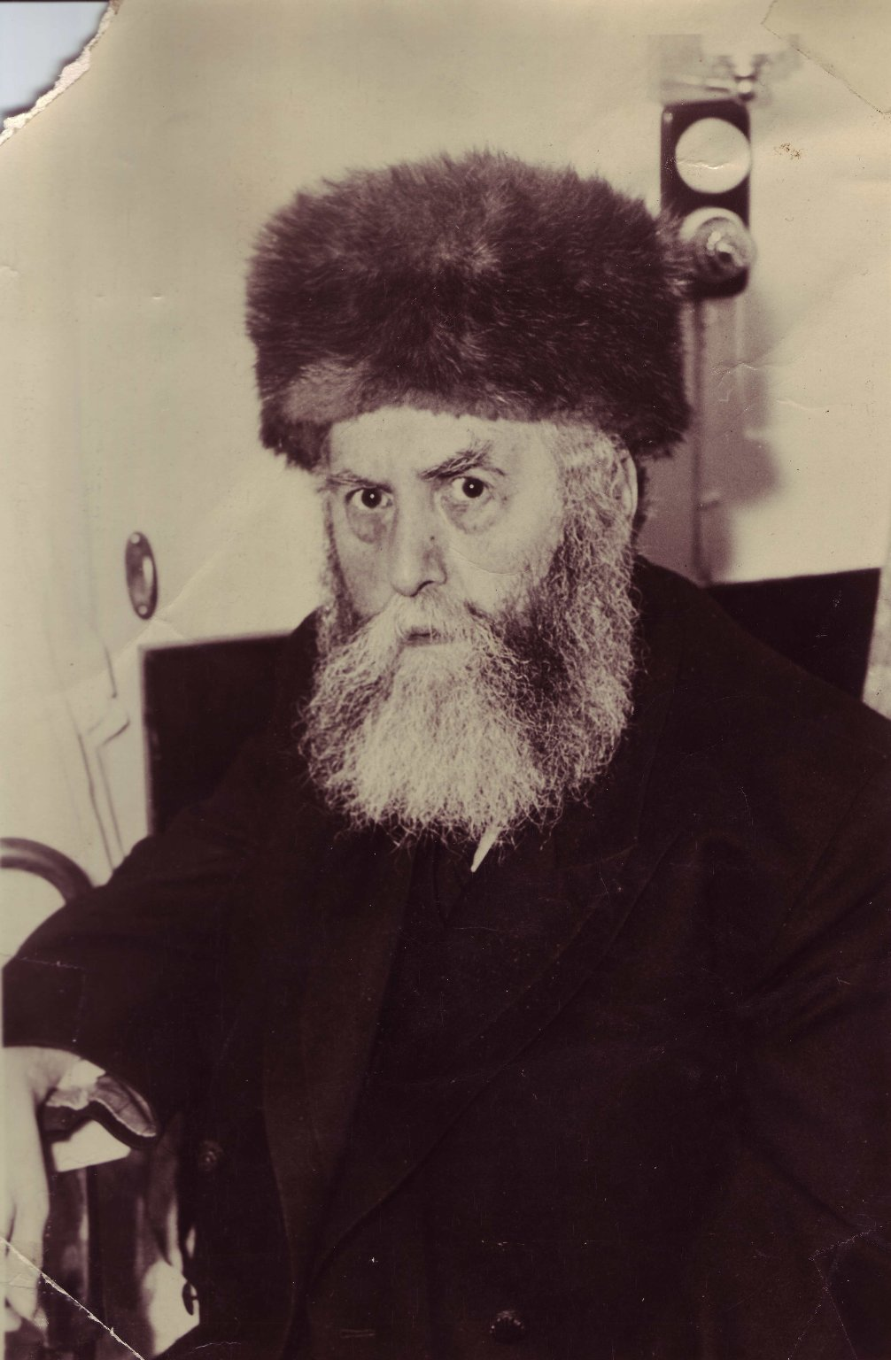 Rabbi Yosef Yitzhak Schneersohn, the Sixth Lubavitcher Rebbe, in his stateroom aboard the S.S. Drottingholm upon his arrival in New York in 1940.