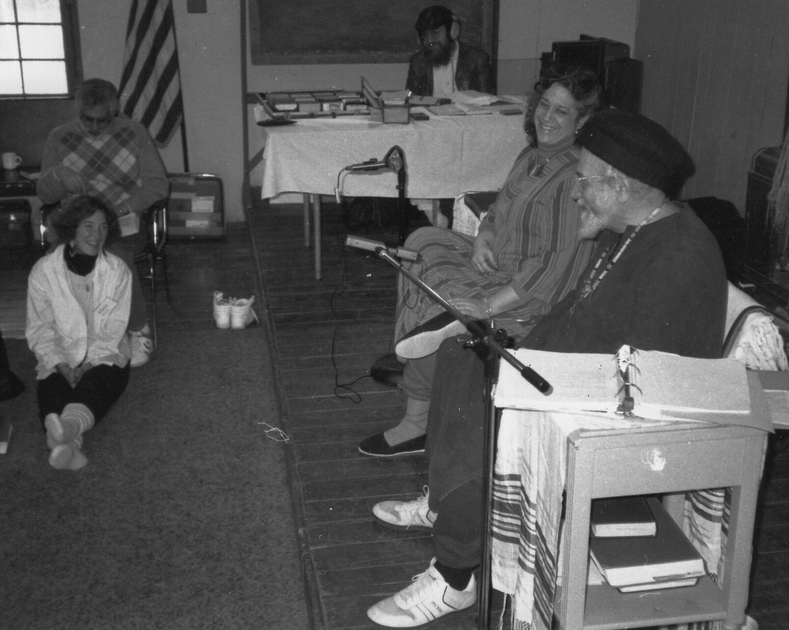 Rabbi Zalman Schachter-Shalomi teaching with his partner, Eve Ilsen, in their Wisdom School, ca. 1990.