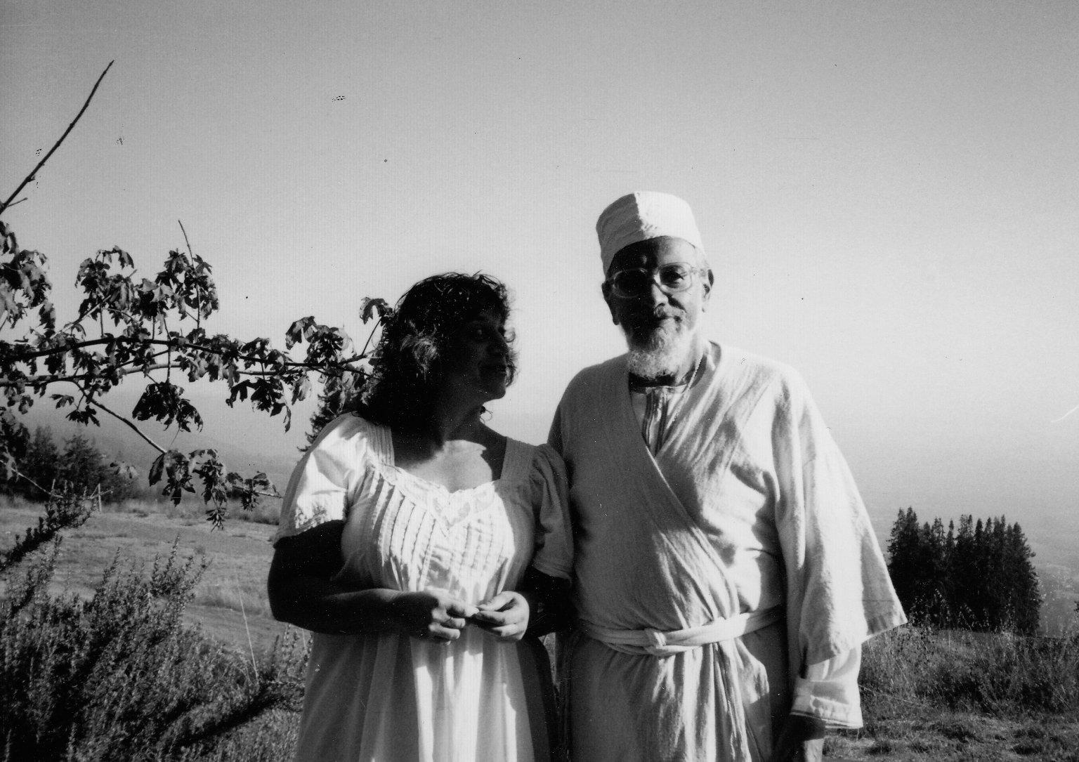 Rabbi Zalman Schachter-Shalomi and his partner, Eve Ilsen, on Mount Madonna during High Holidays, 1988.