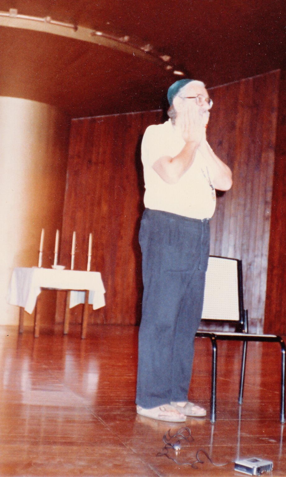 Rabbi Zalman Schachter on stage at the Transpersonal Association Conference in Bombay, India, 1982.