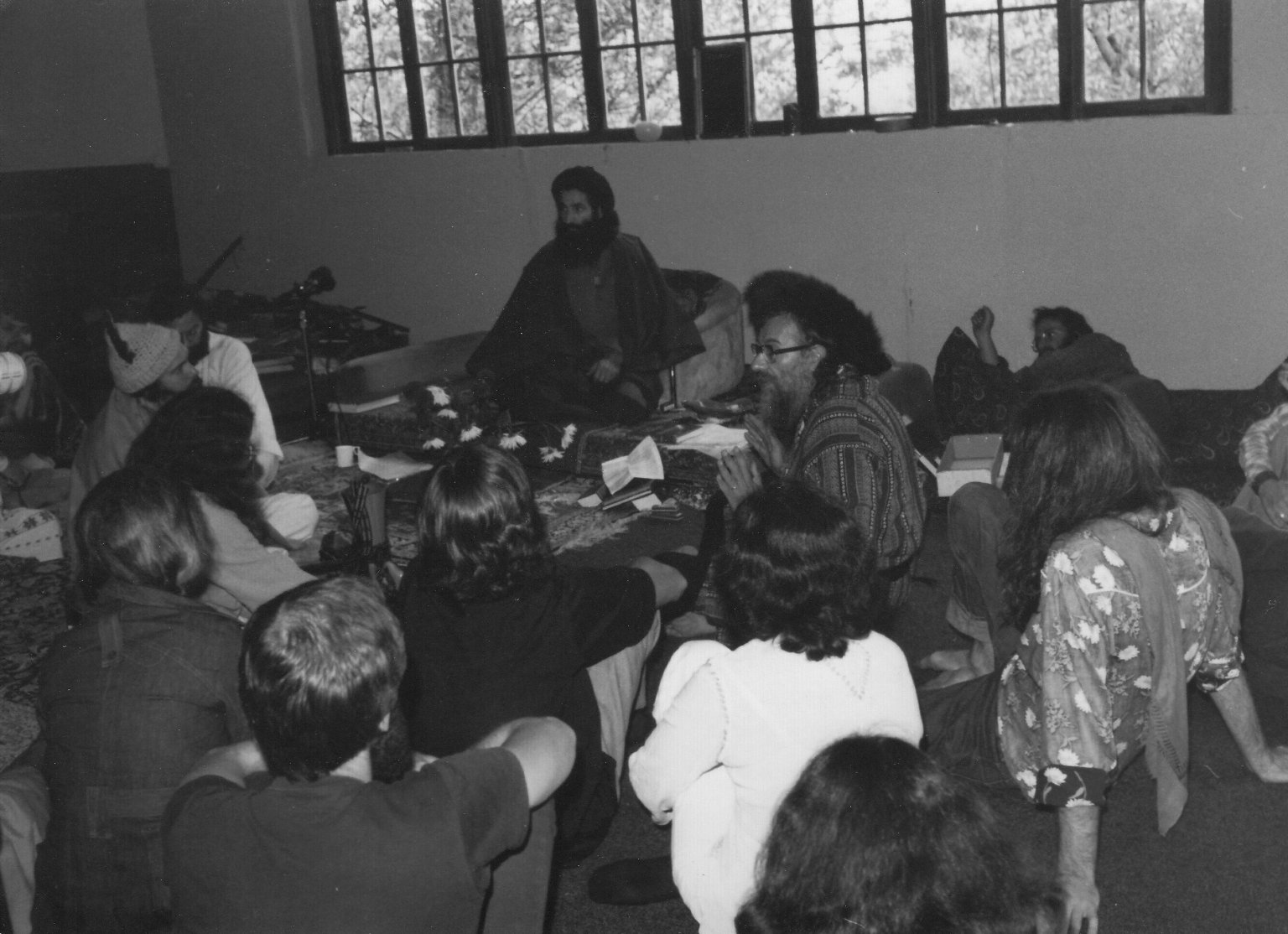 Rabbi Zalman Schachter teaching with a Sufi sheikh, ca. 1970s.