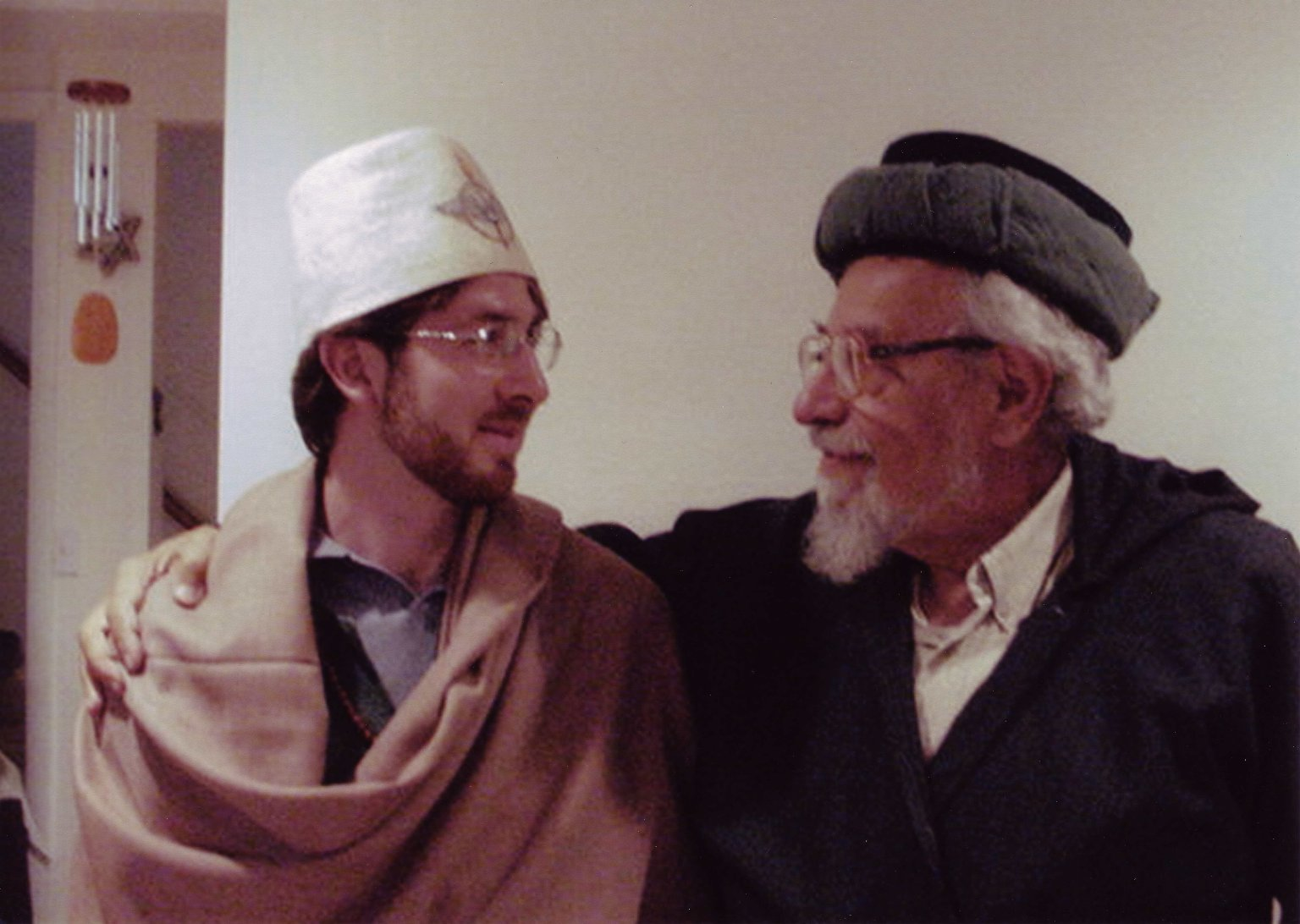 Chiragh Netanel Miles-Yepez and Murshid Zalman Schachter-Shalomi after Netanel's Sufi chiragh ordination at Schachter-Shalomi's home in Boulder, Colorado, on August 1, 2002.