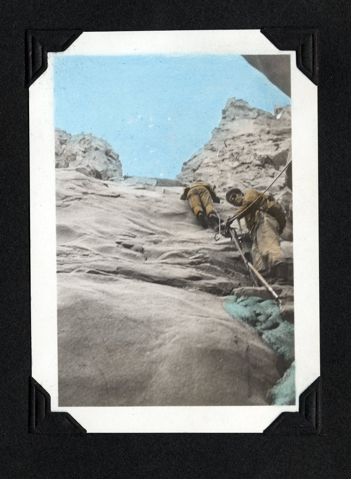 Steep rock climbing to gap