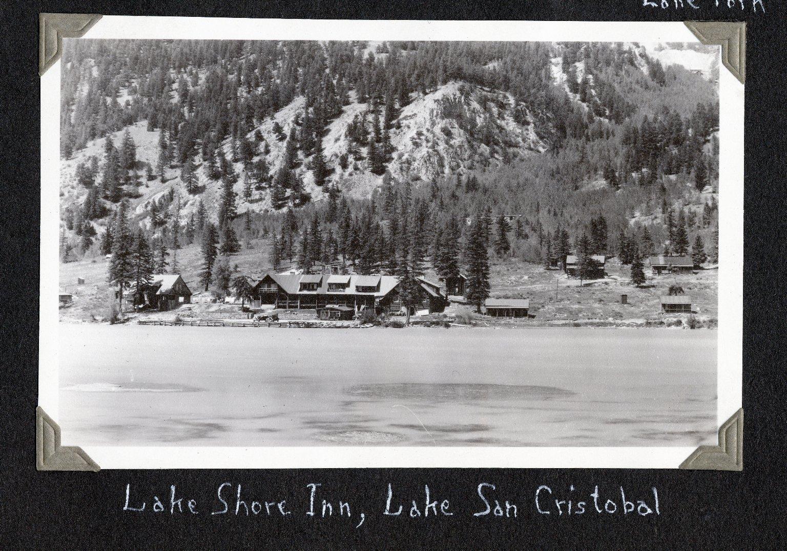 Lake Shore Inn at Lake San Cristobal
